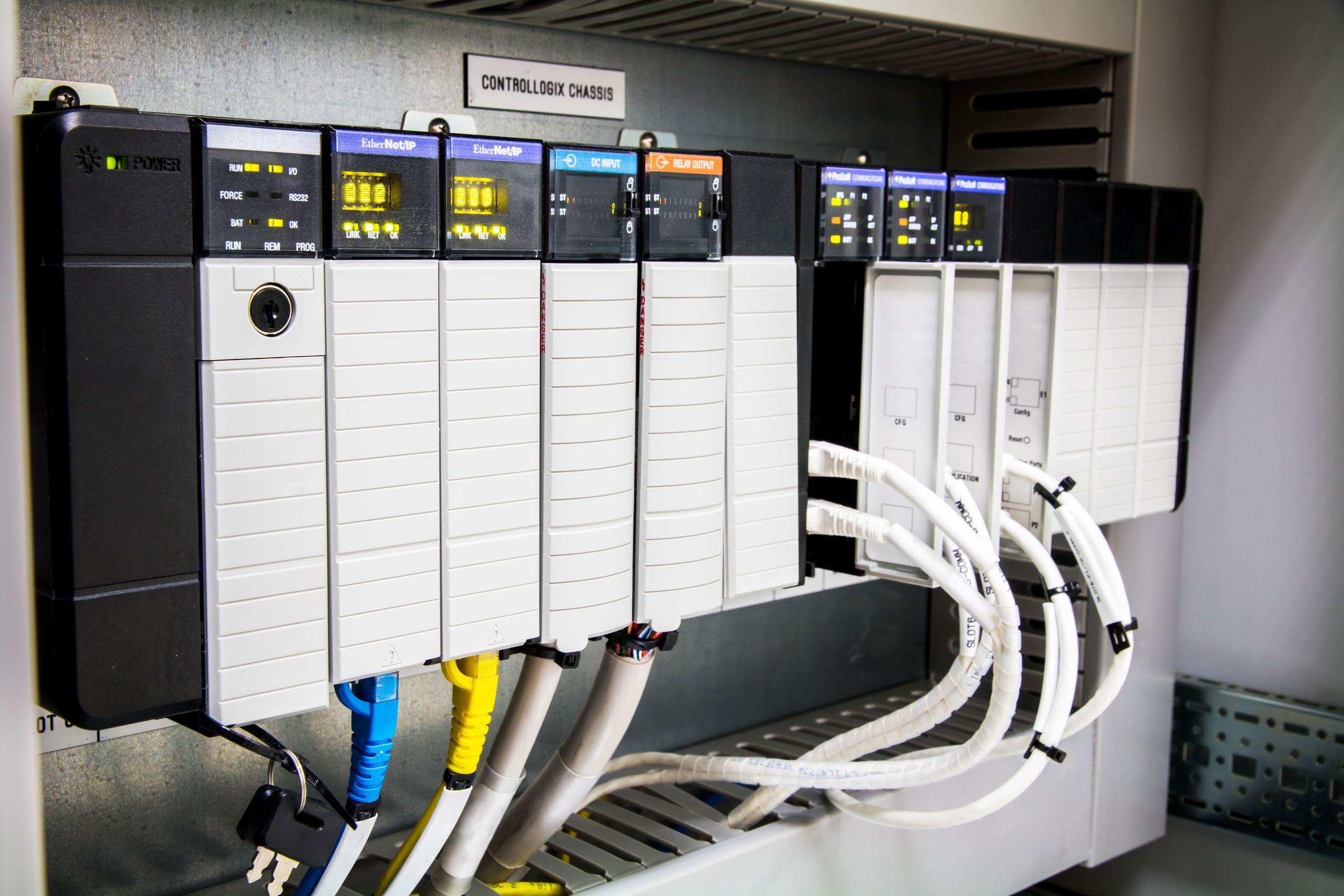 PLC programable logic controler promoting plc training courses
